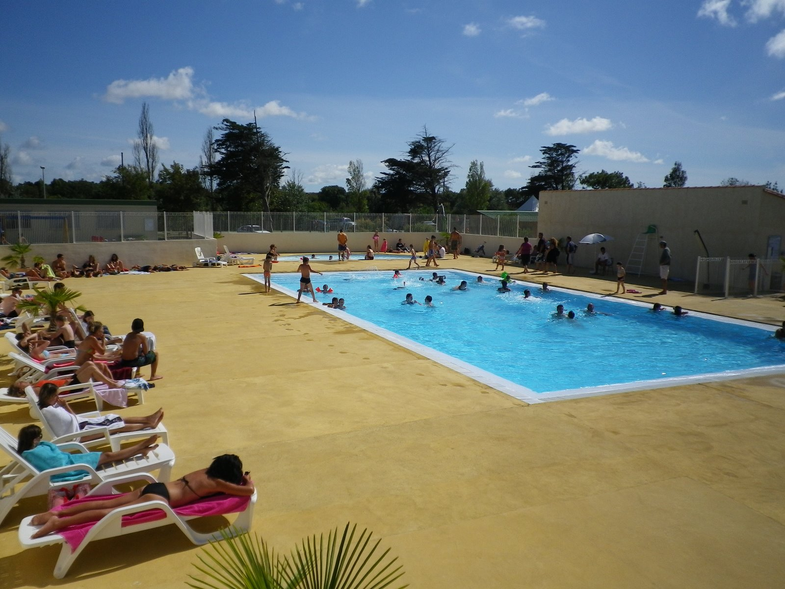 Pool And Paddling Pool   Activities Campsite Charente Maritime   Leisure  3 Star Campsite Near La Rochelle And Royan   Camping Municipal Port Des  Barques
